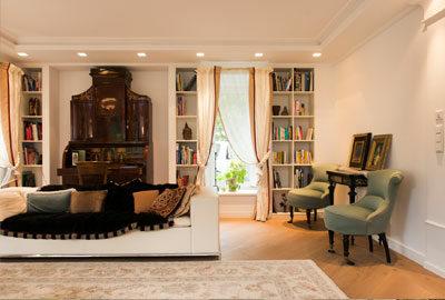 Bild elegante Wohnzimmereinrichtung im klassischen Wohnstil.